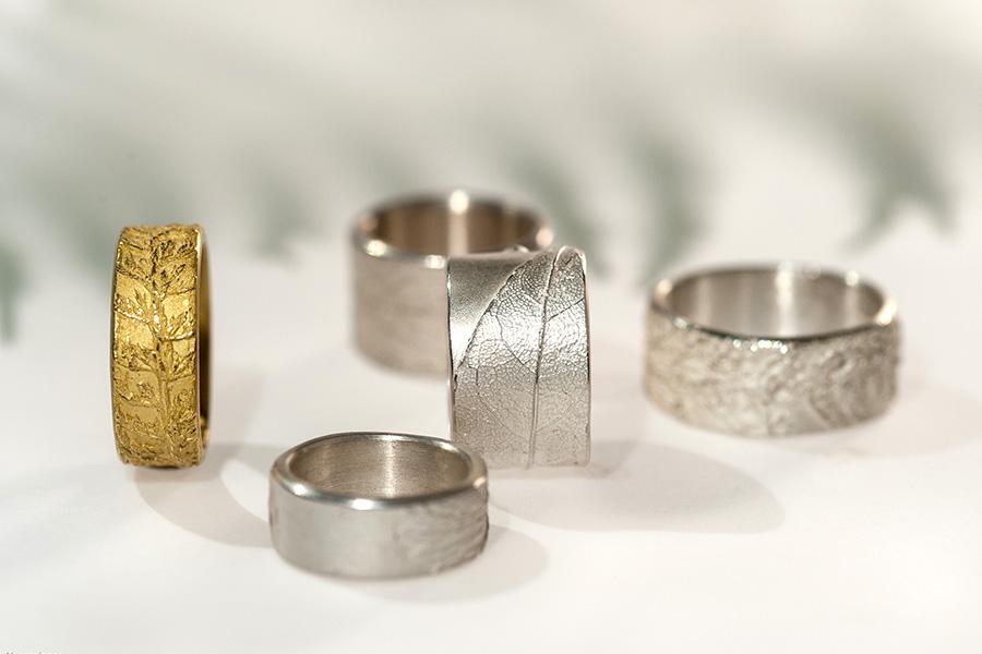 Kräuterschmuck, Blattstrukturen, Silberring, Goldring, Naturstrukturen